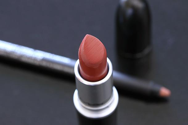 MAC Matte Lipstick in Pander Me