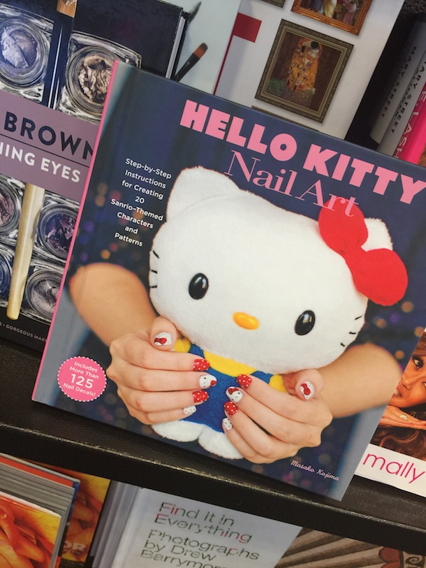 book-hello-kitty-1 049