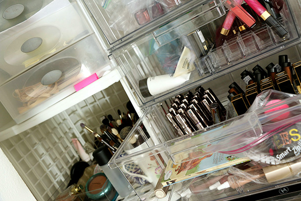 Makeup storage (8)