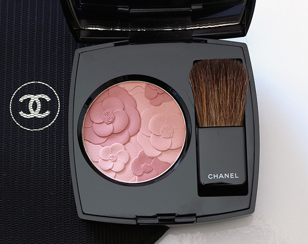 5 fine ways to introduce a little chanel spring into your for Jardin de chanel blush 2015 kaufen