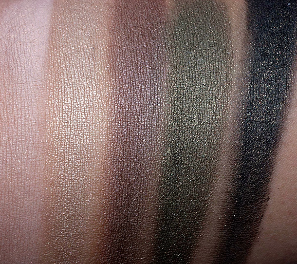 Hourglass Color Field Swatch