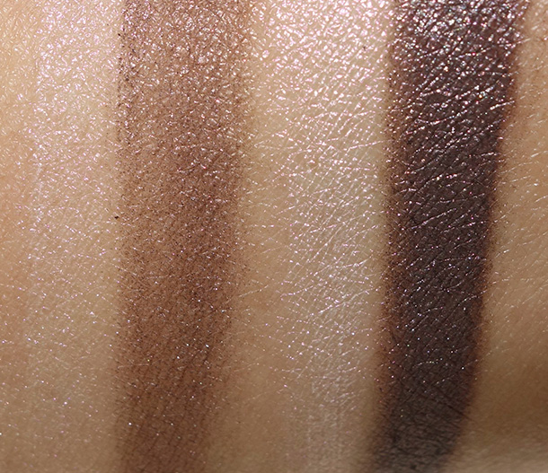 Tom Ford Eye Color Duo in Ripe Plum dry (on the left) and wet (on the right)