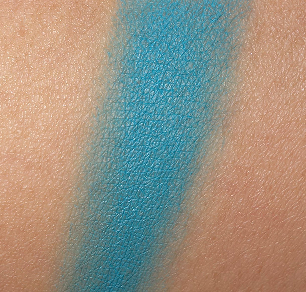MAC Blue Peep Fluidline swatch