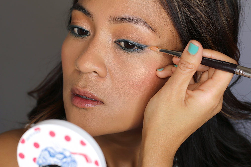 how to fix your cat eye flicks