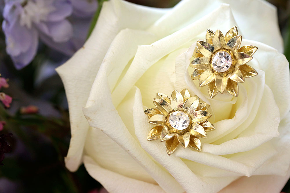kristin perry sunflower stud earrings