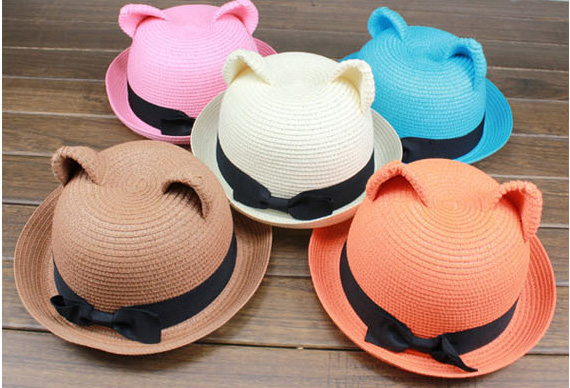 straw hat cat ears