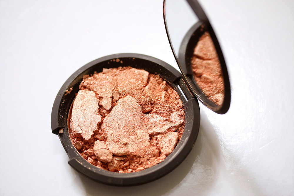 BECCA Shimmering Skin Perfector Pressed in Champagne Pop ($38)