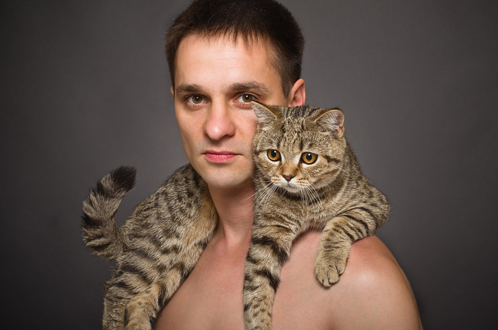 cat-man-nudist