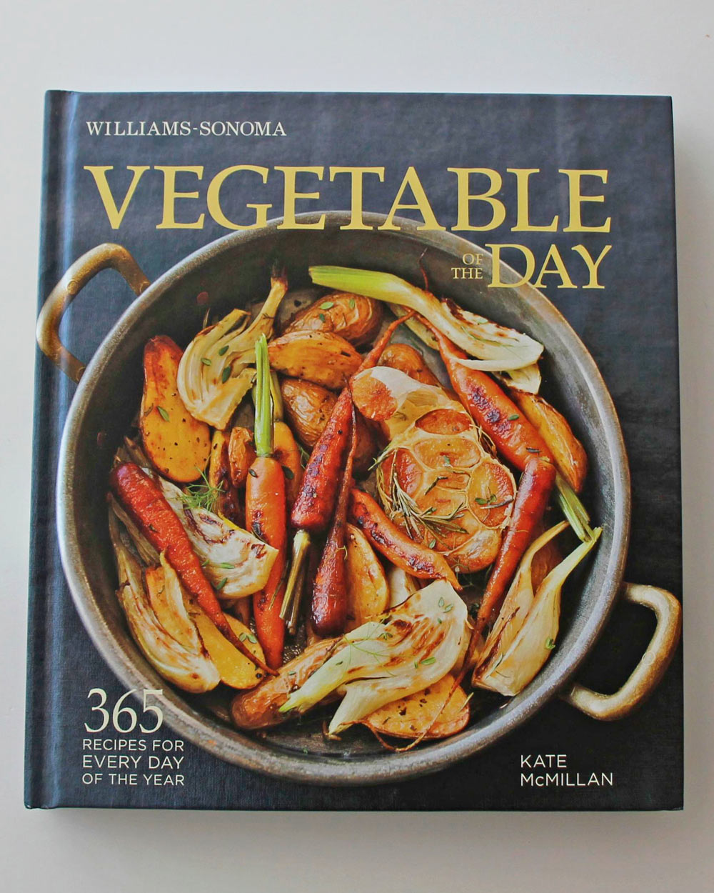 17-veggie-tabs-cat-favorite-books