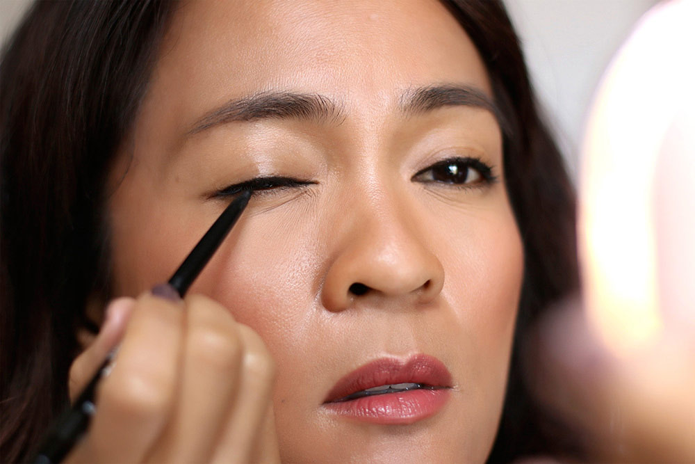 easy how to winged eyeliner beginners