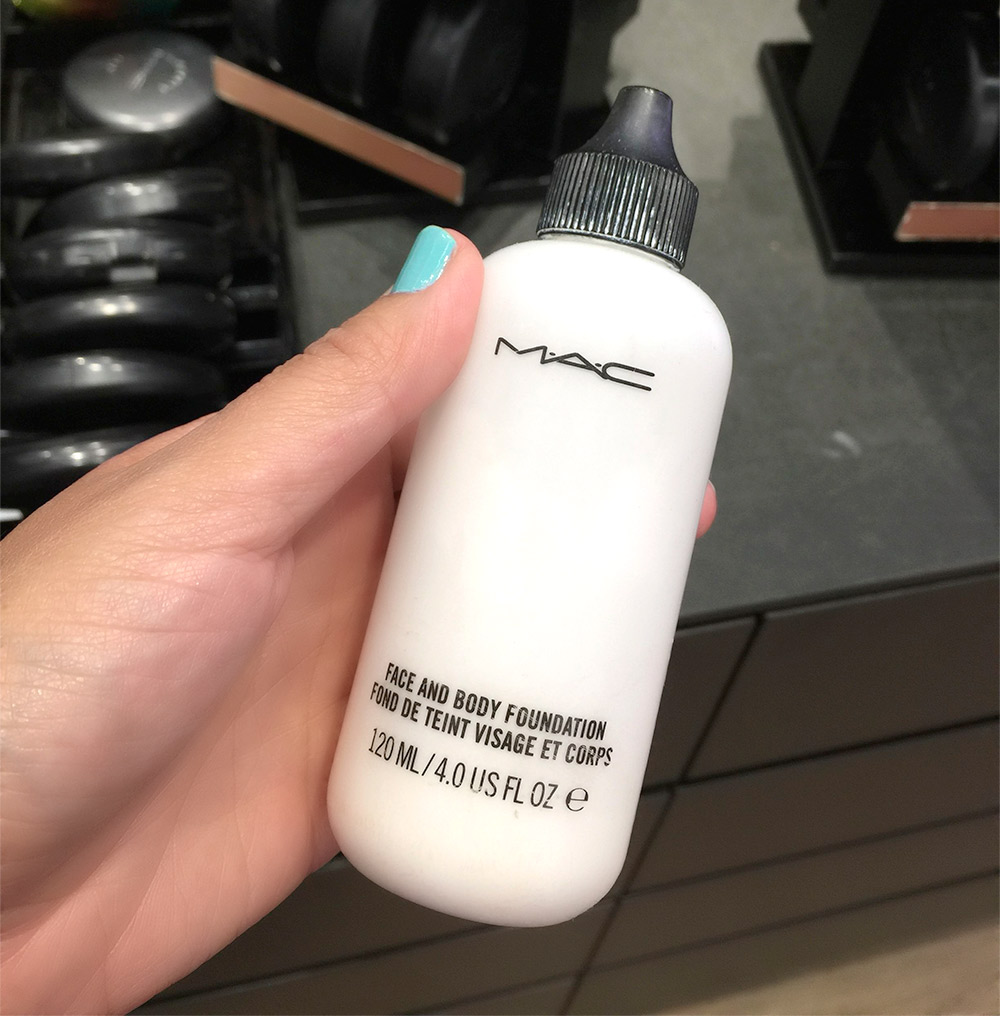 mac face and body white