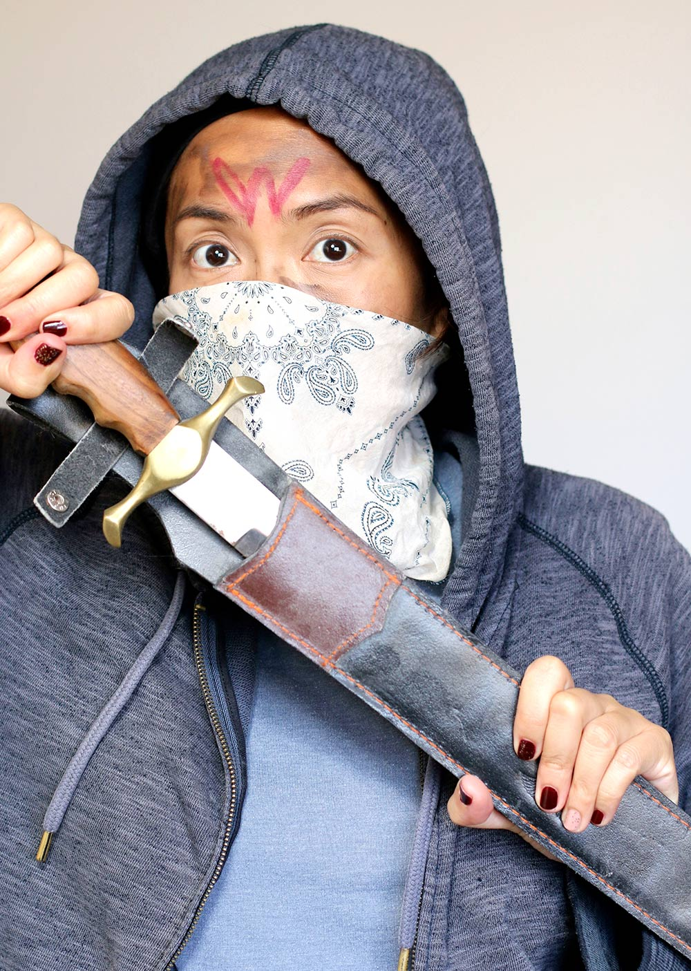 carol walking dead wolves machete