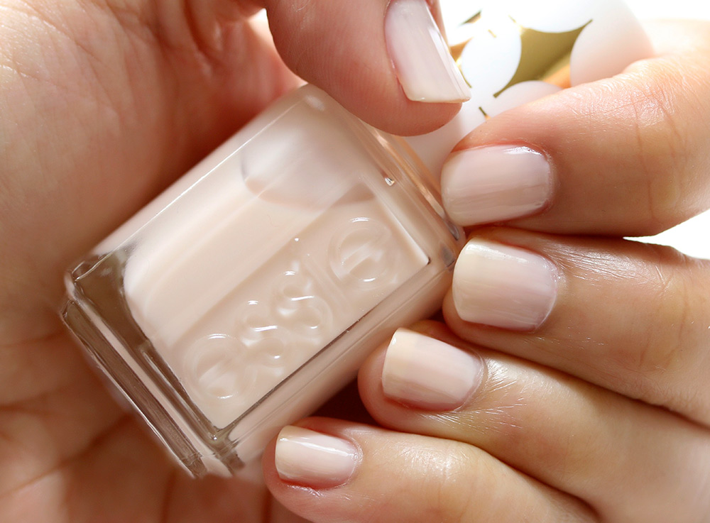 essie birthday suit swatch