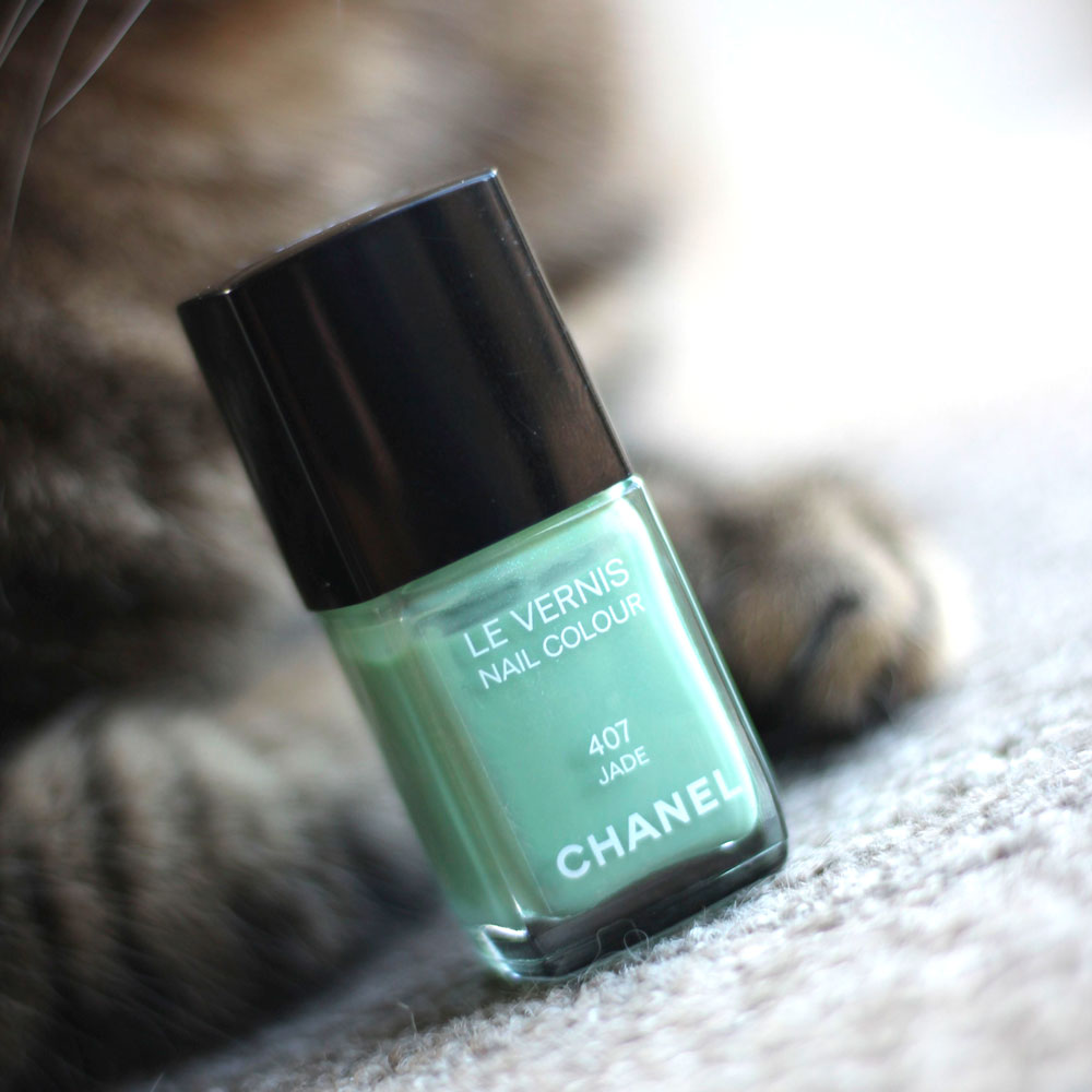 Chanel Le Vernis Nail Colour in 407 Jade