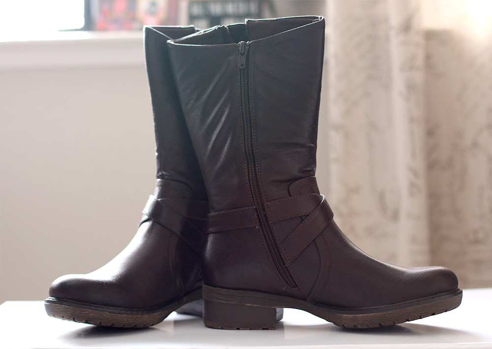 bare traps harly boot