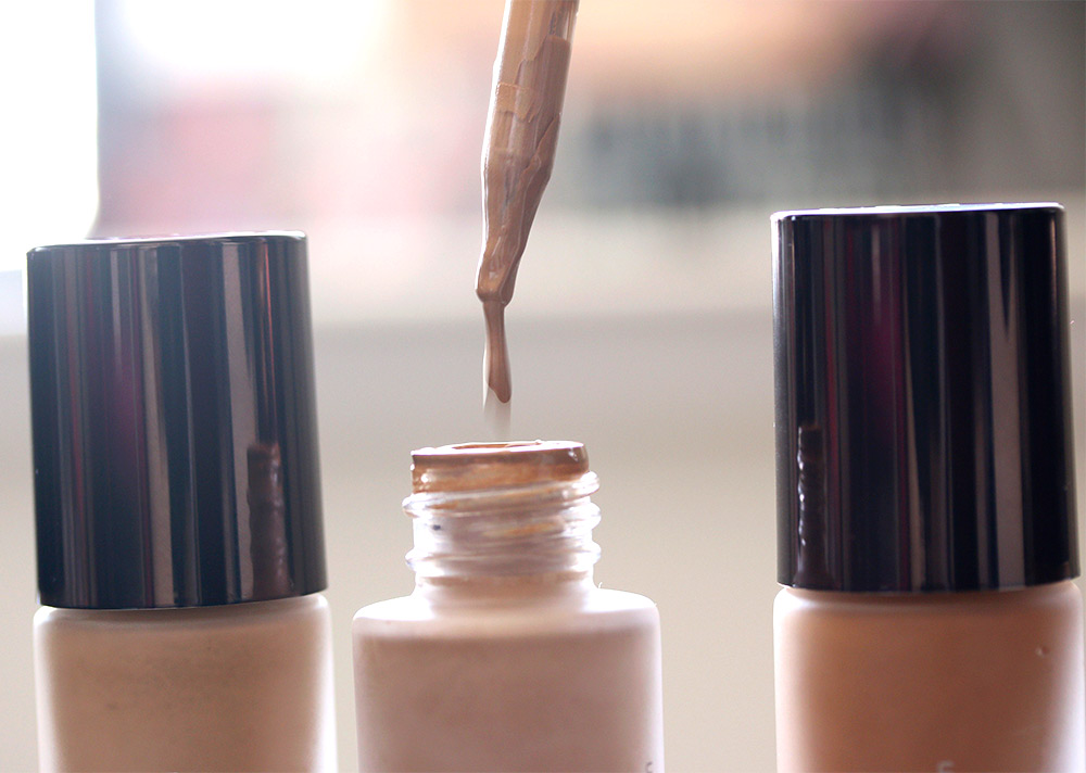 becca aqua luminous perfecting foundation dropper