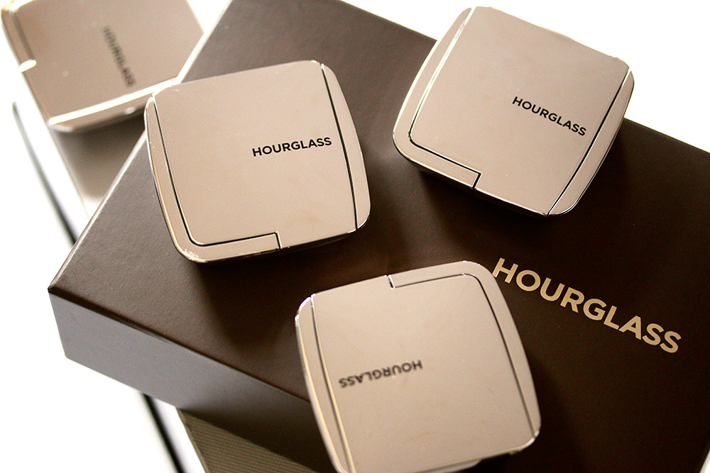 hourglass ambient strobe lighting powder 1