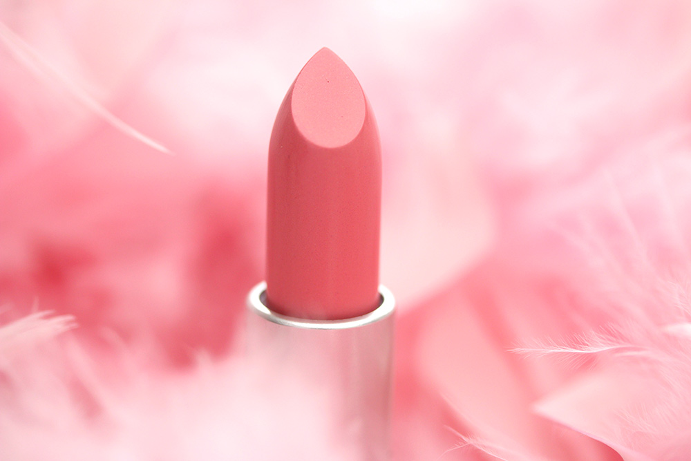 mac long legged fabulous lipstick