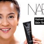 nars-velvet-matte-skin-tint-demo