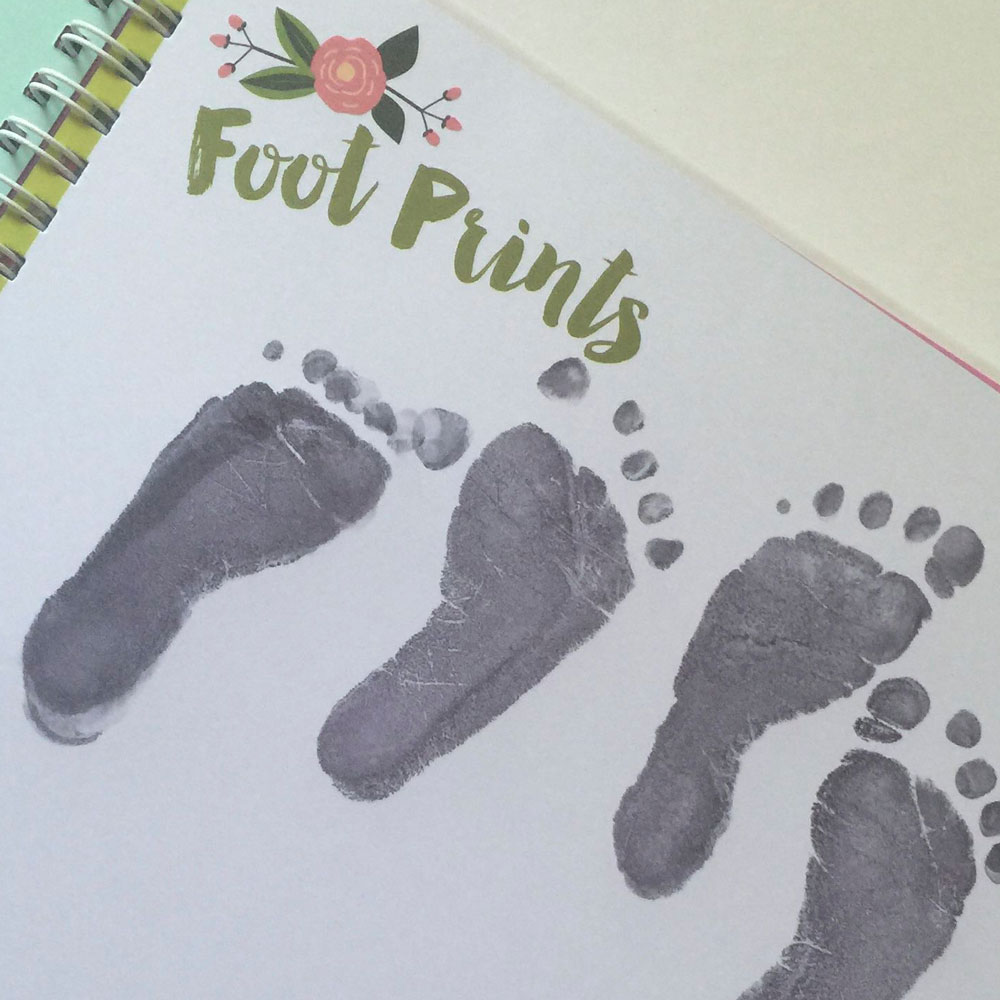 connor-claires-baby-book-feet