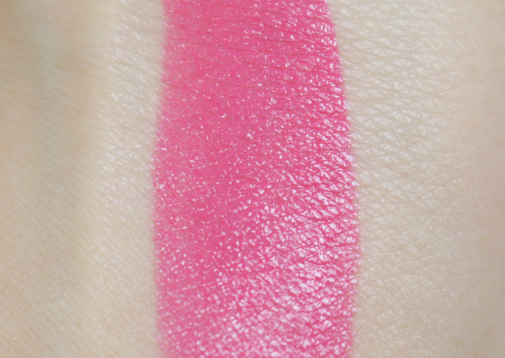 hm rambling rose lipstick swatch