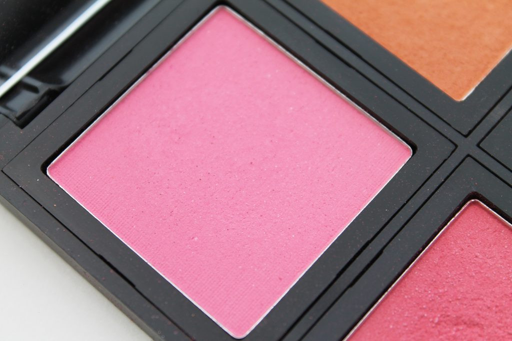 Bright pink eyeshadow tutorial