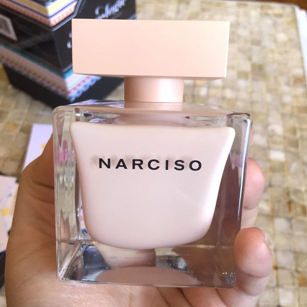 Narciso-Rodriguez-for-her-Eau-de-Parfum-2