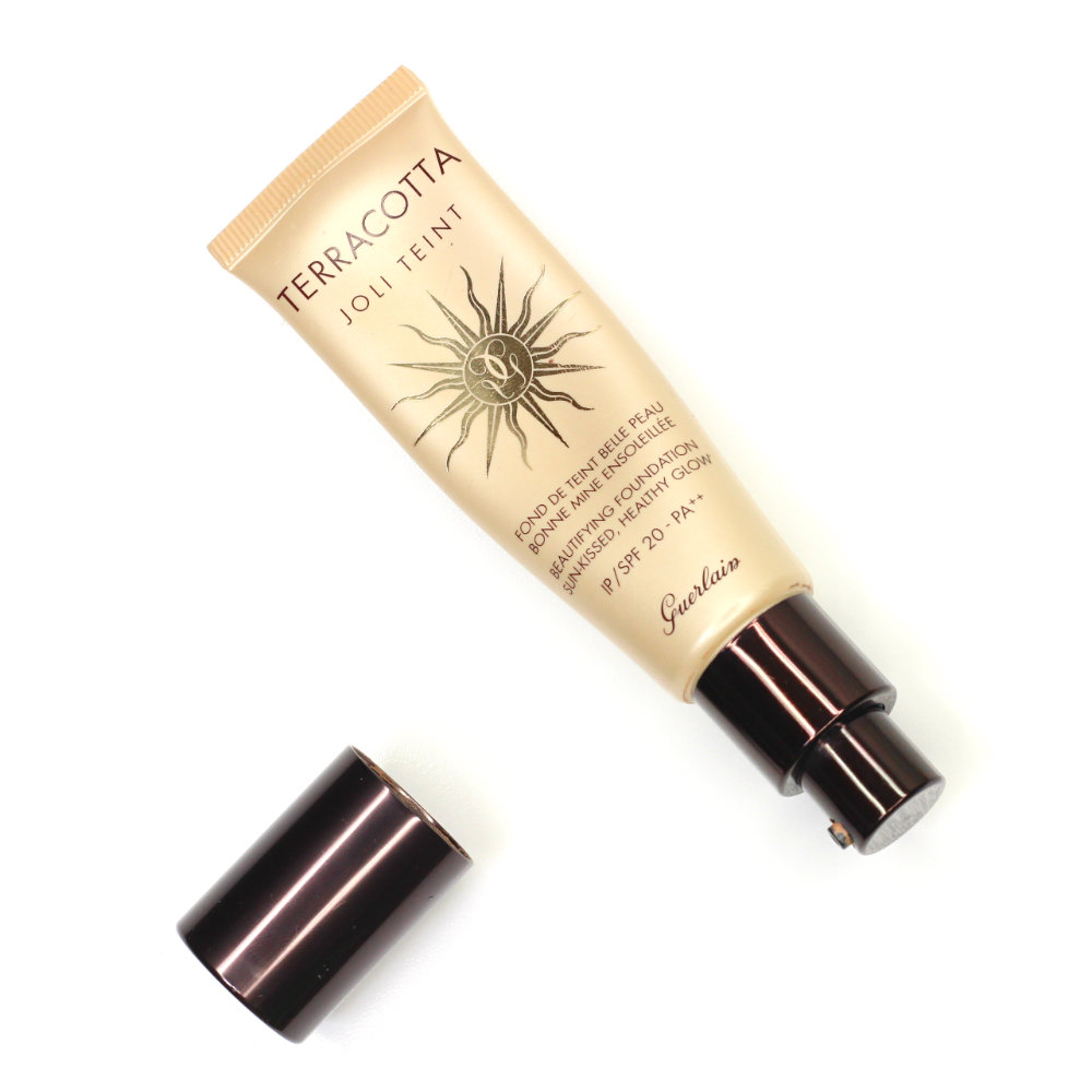 Guerlain Terracotta Joli Teint Beautifying Foundation Natural Sunkissed Makeup Look How-to