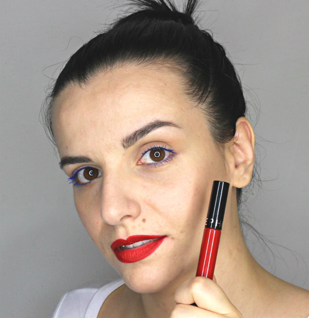Sephora Cream Lip Stain 01 Always Red Swatch
