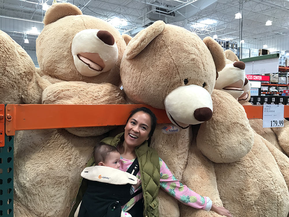 giant-costco-bears