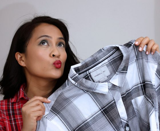 """Have You Ever Had a Major Makeup Oops Moment When You Left Makeup on Somebody?s Clothing"""""""