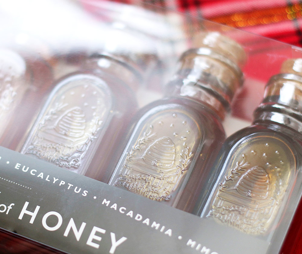 trader-joes-rainbow-of-honey-jars