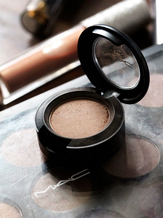 MAC Unsung Heroes: Cork Eye Shadow