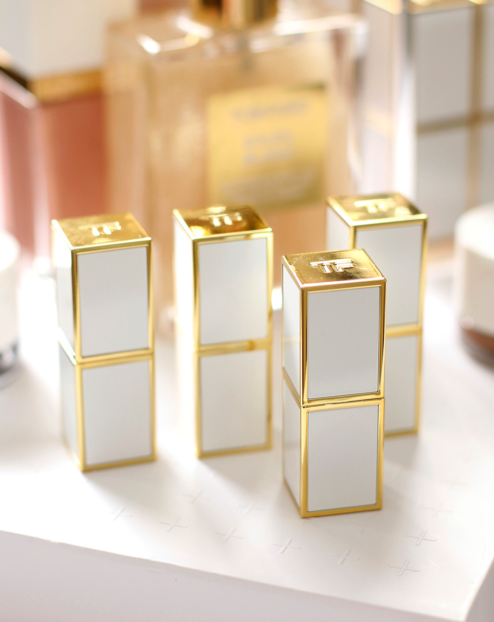 tom ford lip balm packaging