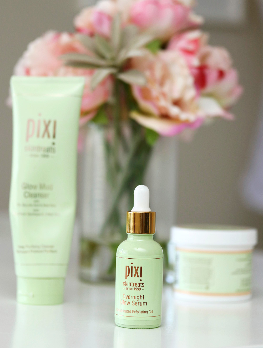 how to use pixi glow