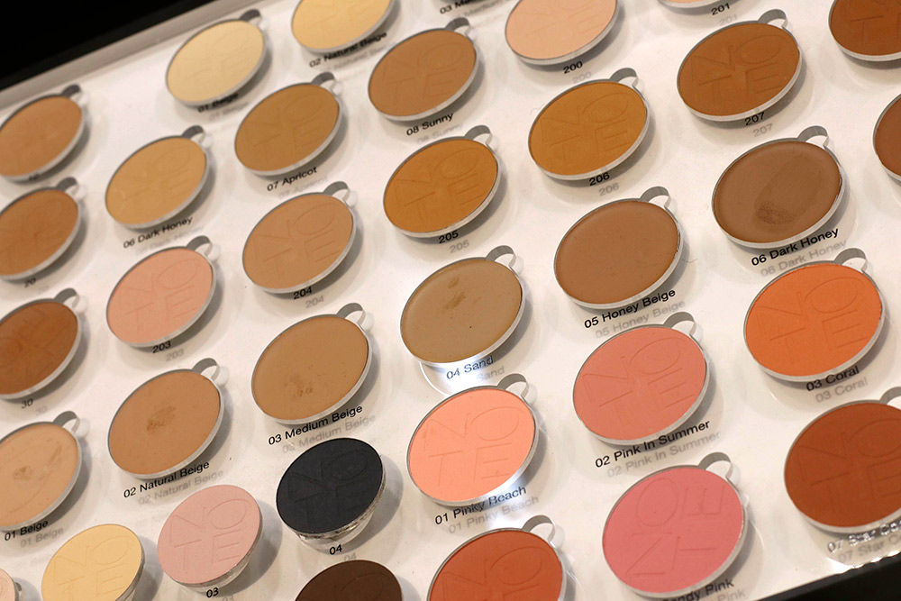 note cosmetics powders