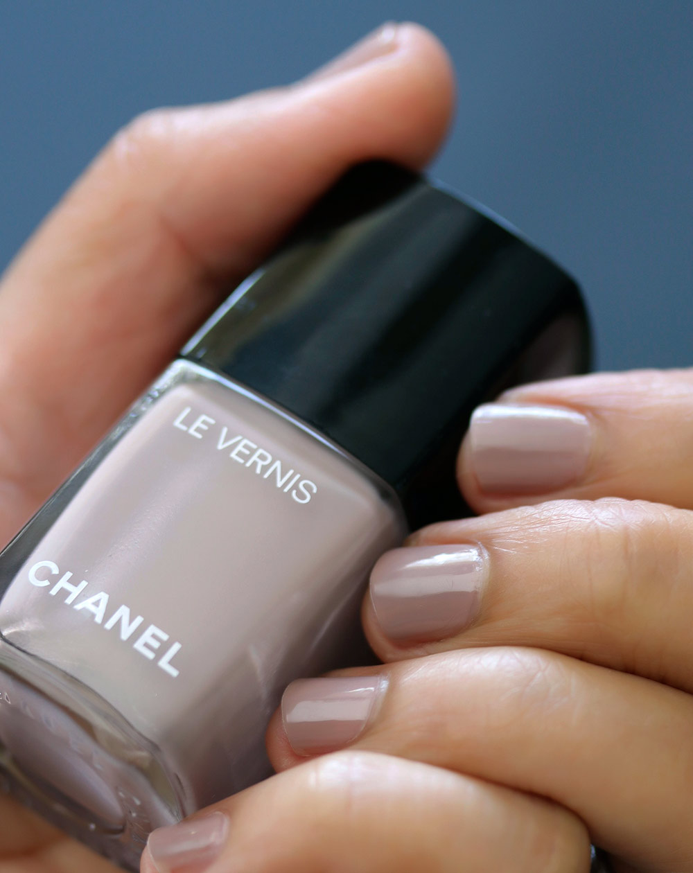 Chanel New Dawn Le Vernis Longwear Nail Colour - Makeup and Beauty Blog