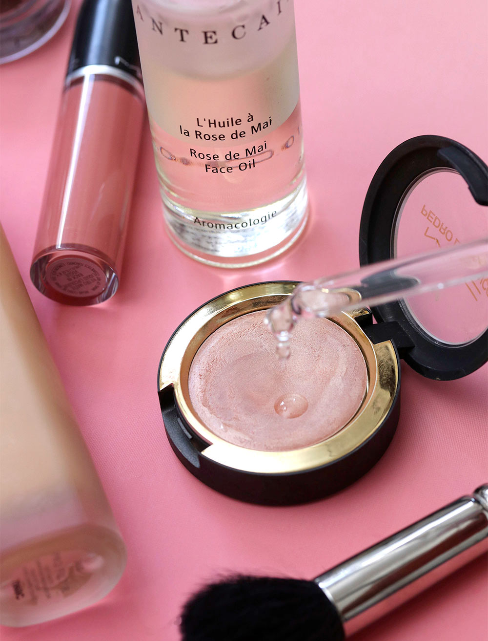mac hush with face oil