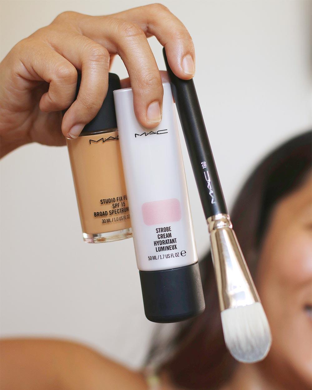 mac studio fix strobe cream pinklight brush