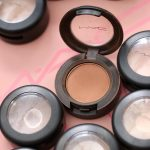 mac saddle eye shadow