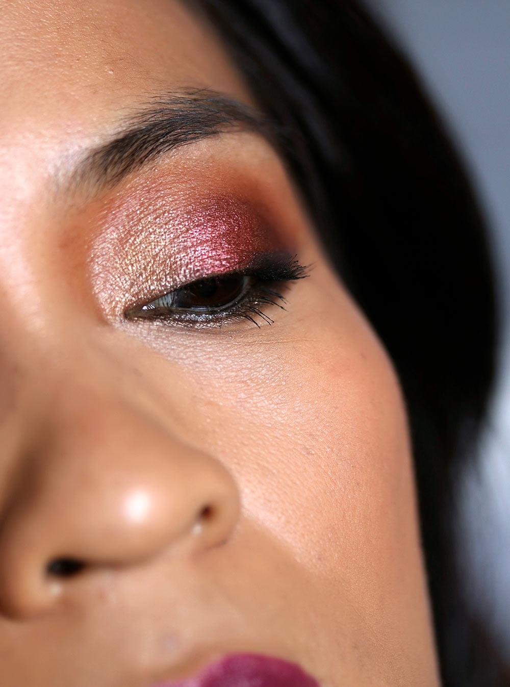 urban decay heavy metals metallic eyeshadow palette k closeup