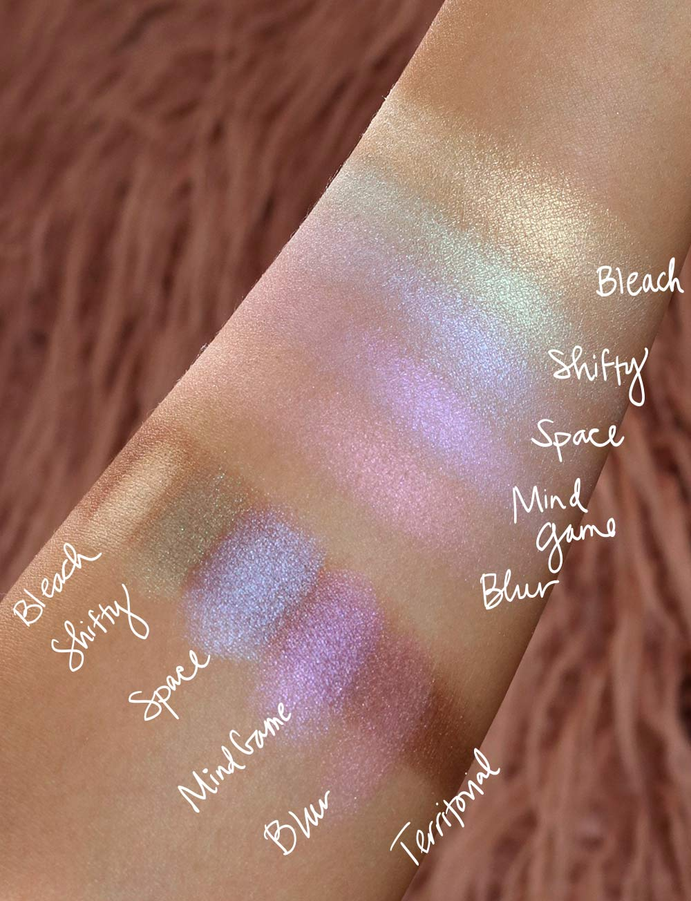 urban decay distortion eyeshadow palette swatches 2