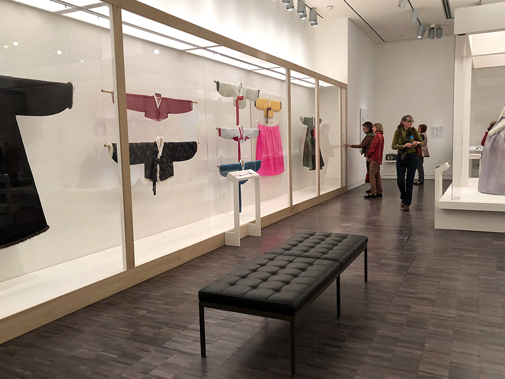 couture korea asian art museum hallway 1