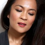 10-Minute Work or Weekend Makeup With Red Blush, Red Lipstick and Smudgy Bronze-Black Cat Eyeliner