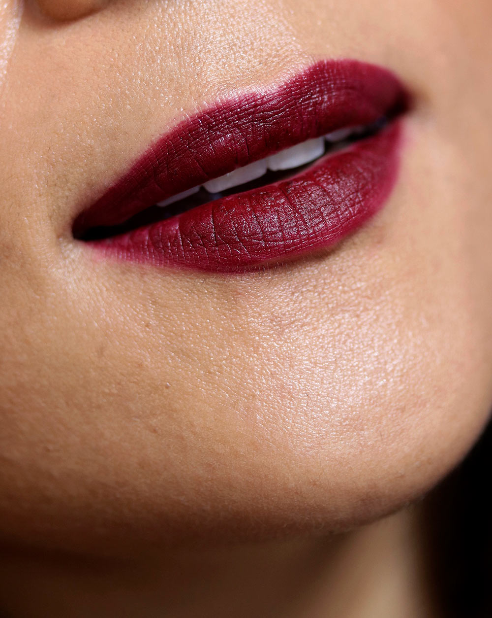 tom ford black dahlia lipstick swatch