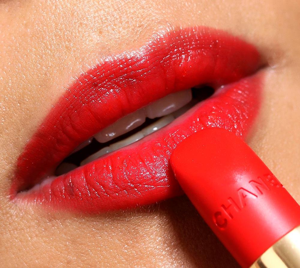 chanel 66 l indomabile lip swatch