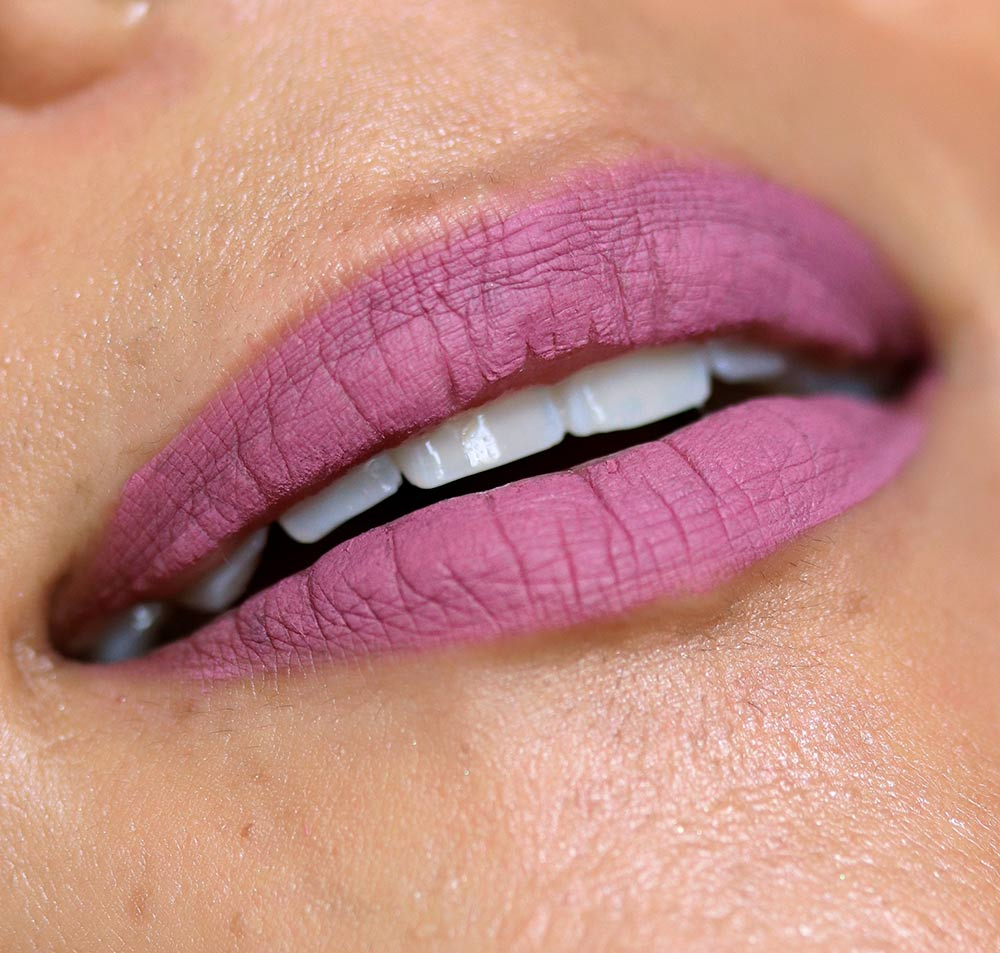 too faced melted clover lip swatch