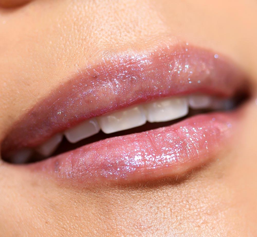 urban decay hi fi shine lip gloss in candy flip