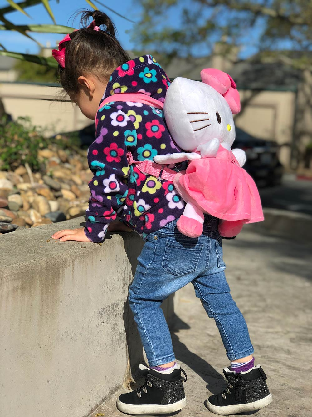 connor hello kitty backpack