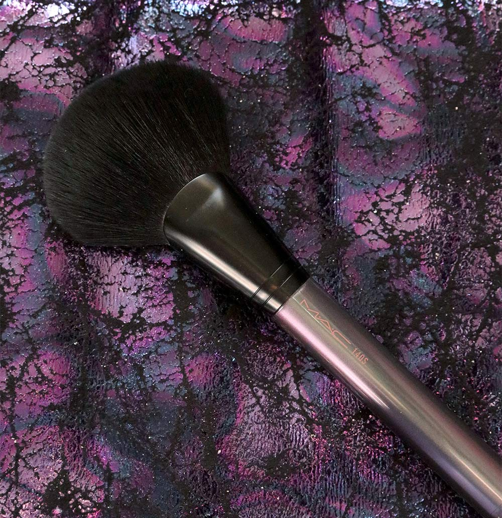 mac mirage noir 140S full fan brush